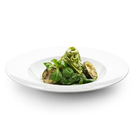 Low Carb Zucchini Pasta mit Pesto