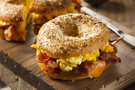 keto breakfast bagel