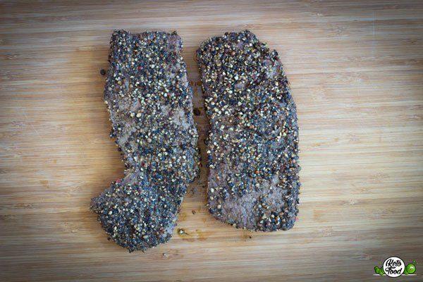 Steak mit Pfefferkruste