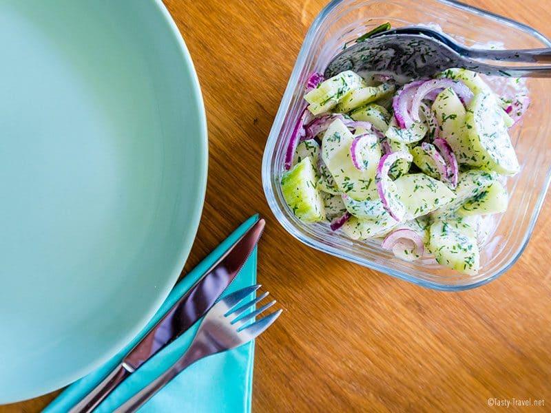 low-carb-gurkensalat